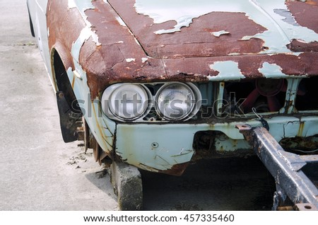 The old classic car can not drive - stock photo