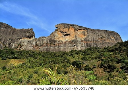 The Pedra do Bau view from the trail