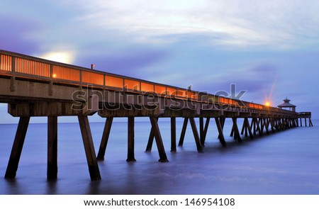The pier at Hillsboro Beach, Florida / Blue Hour