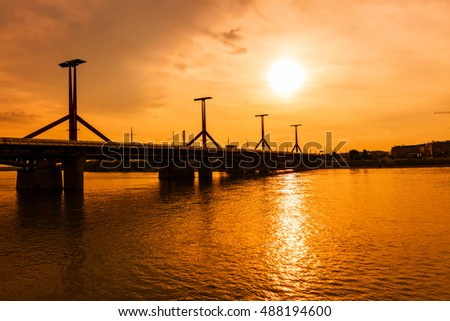 The Rakoczi bridge over the Danube riverat sunset in Lagymanyos, Budapest, Hungary