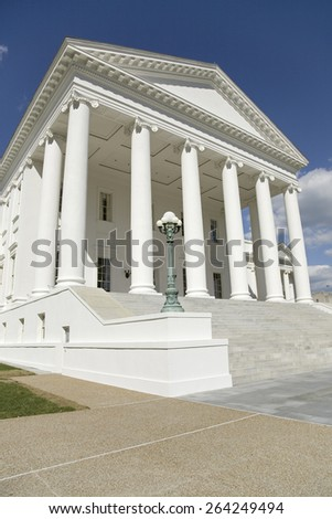 The 2007 restored Virginia State Capitol, designed by Thomas Jefferson who was inspired by Greek and Roman Architecture, Richmond, Virginia - stock photo