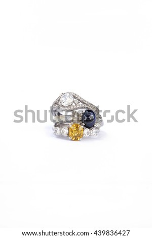 The Ring, Many people wear jewelry rings. Ideal as gifts for loved ones And that the prosperity of the wearer.