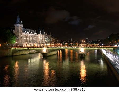 The River Seine - Night Scene