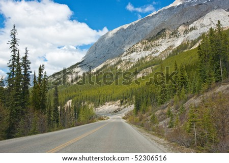 The Road to Jasper National Park