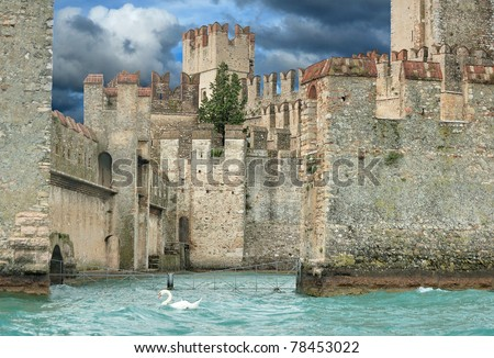 The Scaligero castle in Sirmione on lake Garda, Lombardia, Italia.
