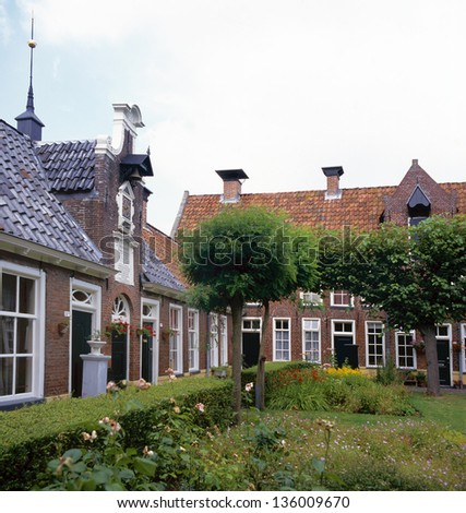 The Sint Anthony gasthuis in Groningen is one of the unique hofjes in Holland. A hofje is a Dutch word for a courtyard with almshouses around it.