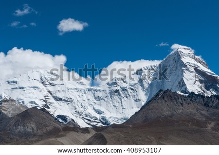The snow mountain under the sunshine in tibetan plateau of Pa Li, Yadong of Tibet at September 2015.