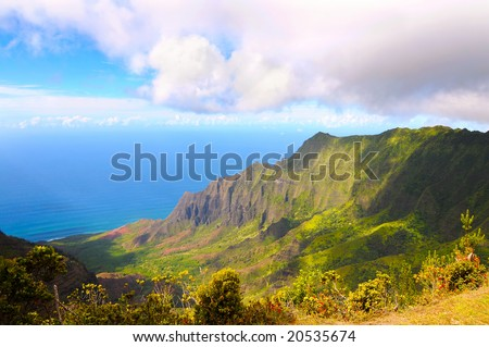 The spectacular Kalalau Valley on the Na Pali Coast of Kauai, Hawaii