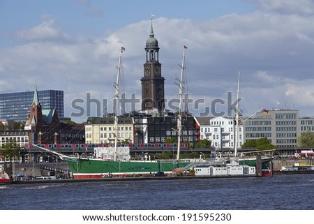 The St. Michaelis Church of Hamburg from the opposite riverside of the Elbe.