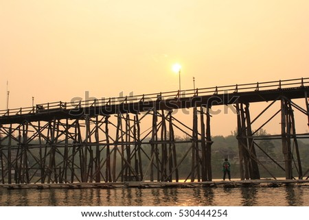 The sun will sunset at Mon bridges, This is peace place in Thailand