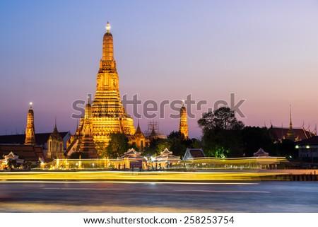The Temple of Dawn (Wat Arun) in bangkok, Thailand - stock photo