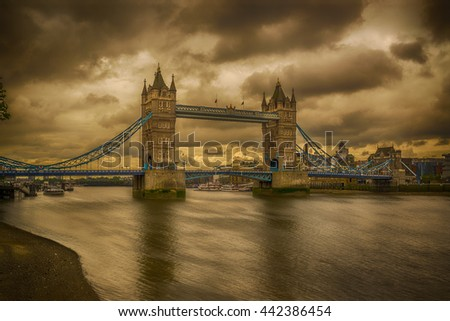The Tower Bridge over the Thames