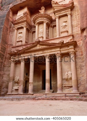 THE TREASURY (El Khasneh).  Petra's temples, tombs, theaters and other buildings are scattered over 400 square miles. UNESCO world heritage site  - stock photo