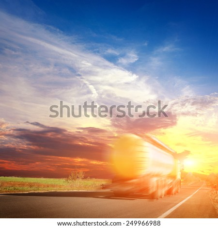The truck and highway at sunset