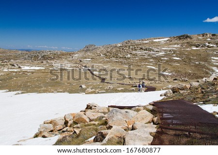 The walking track to Mount Kosciuszko in the Snowy Mountains, New South Wales, Australia. Kosciuszko National Park.