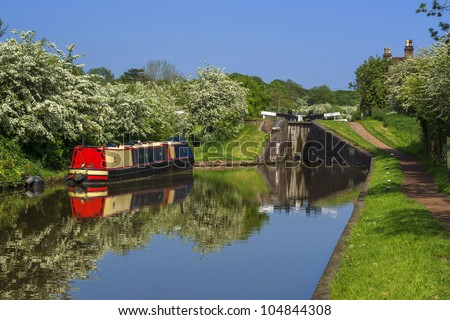 The Worcester and Birmingham canal at Tardebigge canal village in Worcestershire, the Midlands, England.