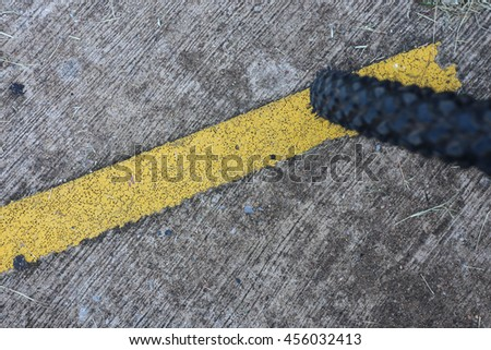 The yellow line on the road