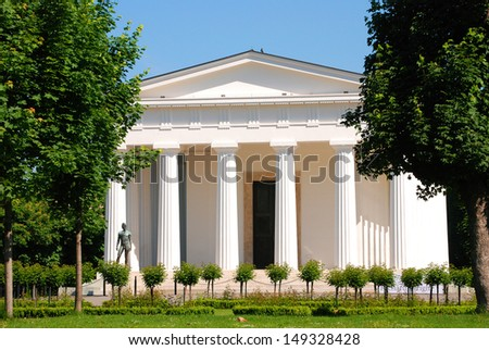 Theseus temple The Theseus temple in the �Volksgarten� in Vienna.  - stock photo