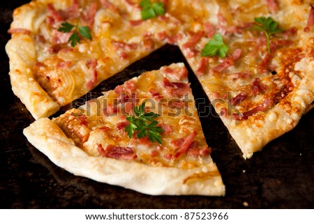 Thin French Style Pizza with Ham and Cheese