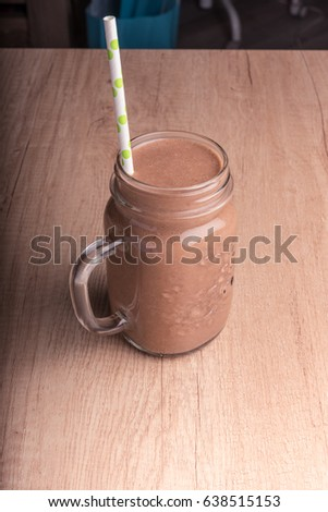 This Chocolate smoothie smoothies is creamy, chocolaty and slightly sweet Chocolate