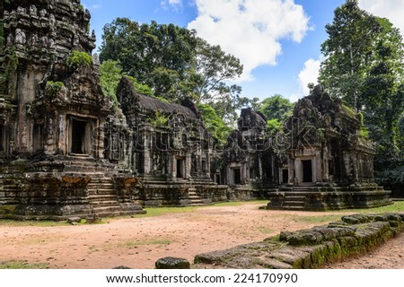 Thommanon temole, one of a pair of Hindu temples built during the reign of Suryavarman II at Angkor, Cambodia. UNESCO World Heritage