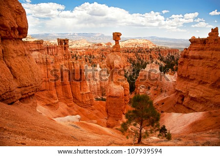 Thor's Hammer and the spectacular Hoodoo rock spires of Bryce Canyon, Utah, USA - stock photo