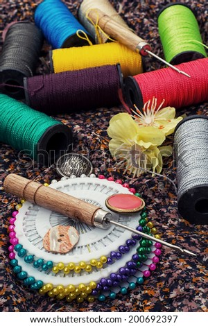thread,button,crochet hook