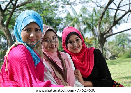 rohnert park single muslim girls Meet thousands of latina singles in the rohnert park, california dating area today find hispanic love at amorcom.
