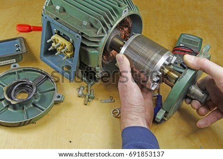 Motor winding stock images royalty free images vectors for Electric motor shaft repair