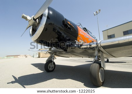 Three quarter front view of T-6