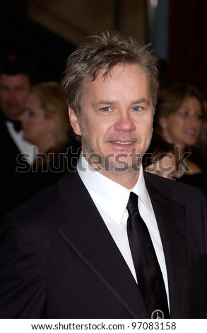 TIM ROBBINS at the 77th Annual Academy Awards at the Kodak Theatre, Hollywood, CA February 27, 2005; Los Angeles, CA.  Paul Smith / Featureflash
