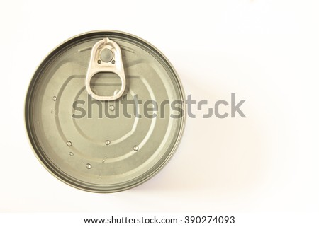 Tin can isolated on white / top view