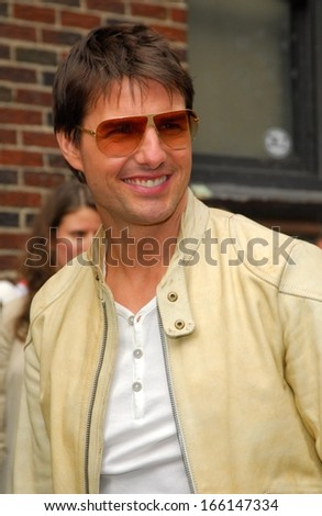 Tom Cruise at The Late Show with David Letterman, The Ed Sullivan Theater, New York, NY, May 02, 2006 - stock photo