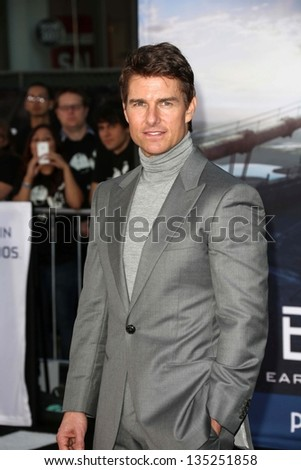 "Tom Cruise at the ""Oblivion"" Los Angeles Premiere, Dolby Theater, Hollywood, CA 04-10-13"