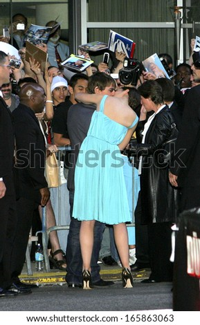 Tom Cruise, Katie Holmes at US Premiere of WAR OF THE WORLDS, The Ziegfeld Theatre, New York, NY, June 23, 2005