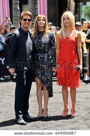 "Tom Cruise, Sofia Boutella and Annabelle Wallis at Universal Celebrates ""The Mummy Day"" With 75-Foot Sarcophagus Takeover At Hollywood And Highland in Hollywood, USA on May 20, 2017."