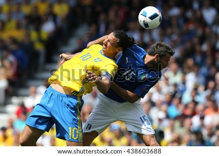 TOULOSE- FRANCE,  JUNE 2016 : Ibrahimovic  and Barzagli and De Rossi in action during football match  of Euro 2016  in France between ITALY VS SWEDEN at the Stade Municipal on June 17, 2016 in Toulose
