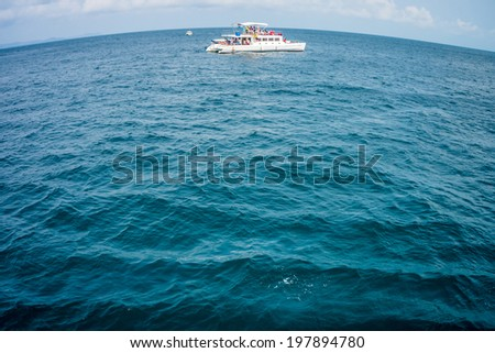 Tourism ships for tourists at Pattaya bay in Thailand - stock photo