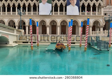 Tourist activities at the Grand Canal in front of the Venetian hotel on Las Vegas Strips, May 21, 2015