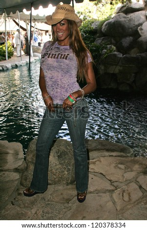 Traci Bingham at 2006 Safari Brunch Fundraiser For The Wildlife Waystation. Playboy Mansion, Los Angeles, CA. 10-14-06