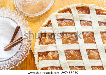 Traditional American apple pie with cinnamon - stock photo