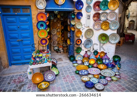 traditional brightly colored ceramics exposed front of the store morocco - Faience Coloree Cuisine
