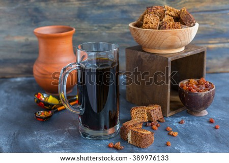 Traditional drink of rye crackers, malt and raisins.