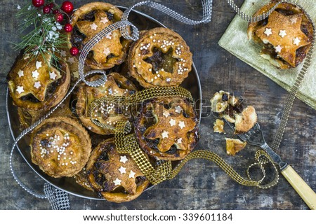 Traditional homemade Christmas mince pies - stock photo