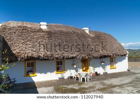 Traditional Irish cottage house - stock photo