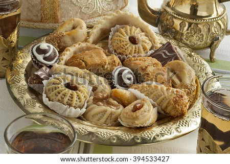 Traditional Moroccan festive cookies with tea