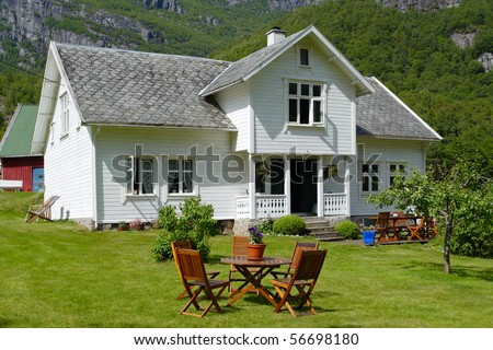 Norwegian house stock images royalty free images for Norway wooden houses