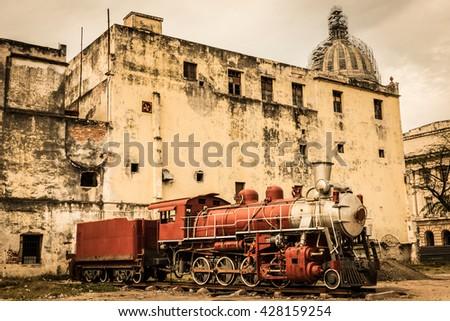 Train old havana. - stock photo