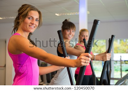 Training on devices in the sports club