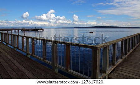 Tranquil Pier in Port Townsend on the Olympic Peninsula, Washington - stock photo
